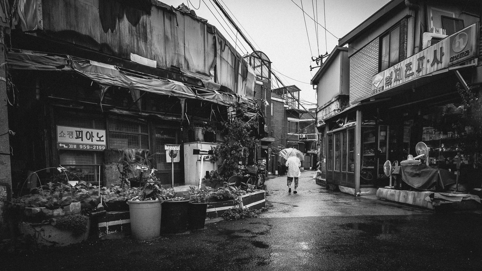 dylan-goldby-seoul-dongdaemun-06